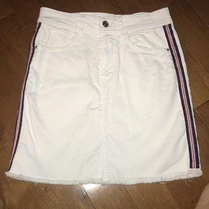White denim skirt with stripes on the sides